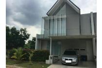 """Dijual rumah """"Discovery Eola""""Bintaro sektor 9"""