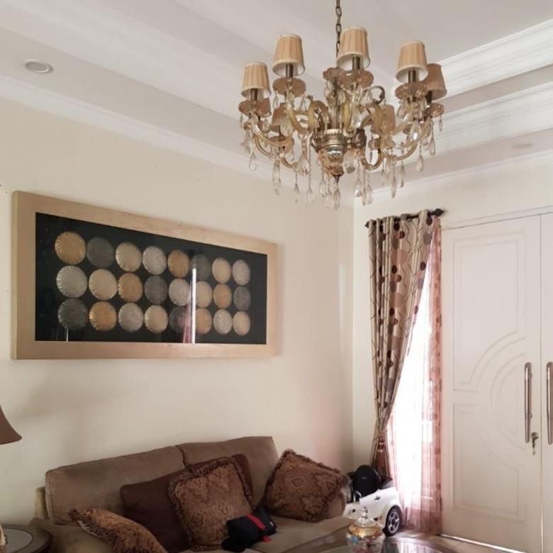Dijual rumah BEBAS BANJIR ADA AC di royal residence