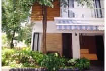 Rumah di Taman Pesona Town House