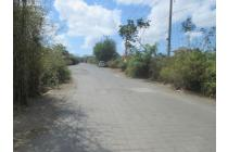 tanah di jalan utama puri gading jimbaran,lebar jln 10 mtr,lokasi strategis