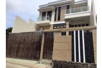 Rumah Dijual Bagus di Jalan AW Syahranie