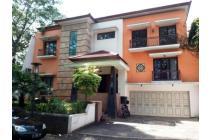 Dijual Murah Rumah Mewah di Taman Tirta Golf BSD City Tangerang Banten