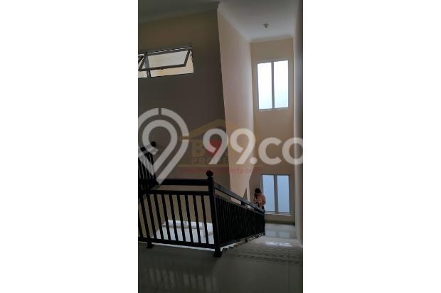 Rumah Baru Keren lebar 8.5 di SUNRISE GARDEN Jakarta Barat  3156218