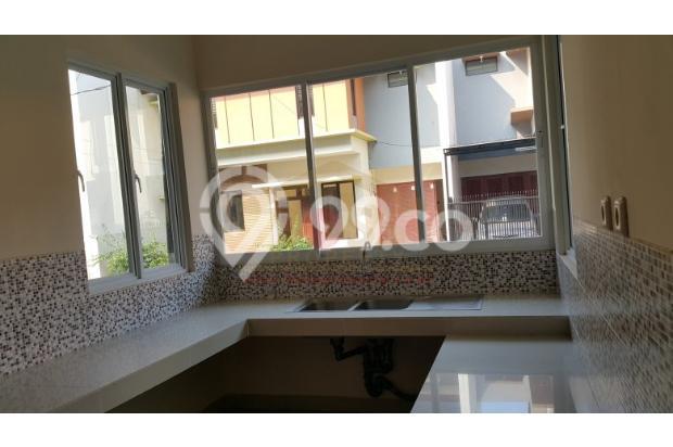 Rumah Baru Keren lebar 8.5 di SUNRISE GARDEN Jakarta Barat  3156220