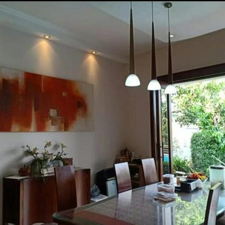 Rumah 2Lt di tengah kota nuansa Villa di Jatipadang Ps Minggu 5+2KT S'Pool SHM