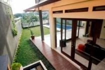 Dijual Rumah 3,5 Lantai Ada Kolam Renang di Cisatu, Ciumbuleuit, Bandung