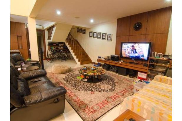Dijual Rumah Luas Dengan Fasilitas Lengkap, Dan Strategis di Jakarta Selata 18162269