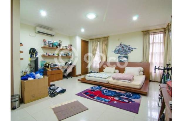 Dijual Rumah Luas Dengan Fasilitas Lengkap, Dan Strategis di Jakarta Selata 18162273