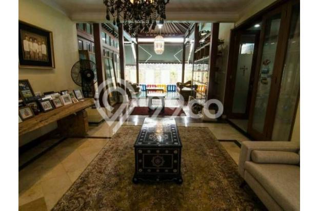 Dijual Rumah Luas Dengan Fasilitas Lengkap, Dan Strategis di Jakarta Selata 18162275