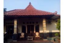 Rumah Asri dan Luas di Pamulang