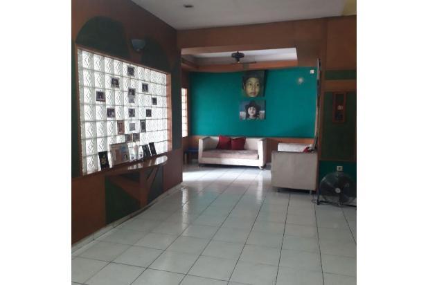 Rumah plus tempat usaha di pondok gede Bekasi | 0 17795371