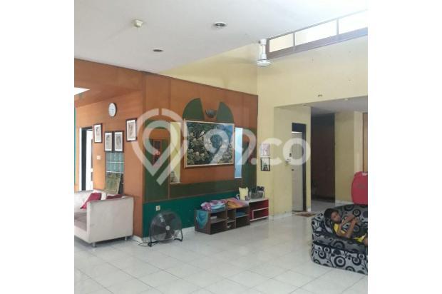 Rumah plus tempat usaha di pondok gede Bekasi | 0 17795414