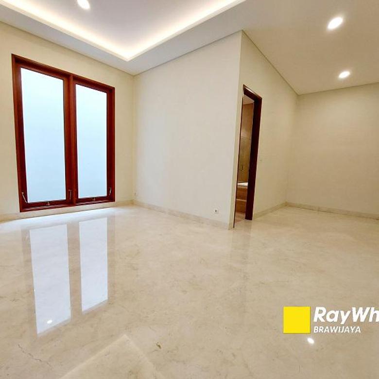 Brand New House di Ampera, Jakarta Selatan, Siap Huni, Dalam Areal seluas 1,5 ha