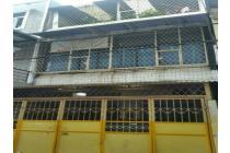 Rumah siap huni uk 5x15m hadap selatan di Jelambar