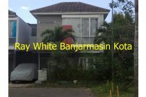 Dijual Rumah 2 lantai di Citra Garden Blok C2
