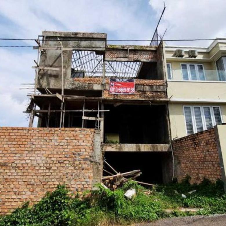 Dijual Townhouse di Pusat Kota Jl. Kemang Demang Lebar Daun