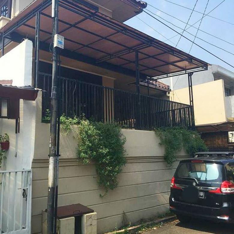Rumah Di Cinere, 2Lt, Siap Huni, dlm Perum Mega Cinere Estate