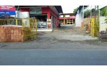 Toko Material beserta isi dagangannya 5,5 M Tanah Baru kota Bogor lt 813m2