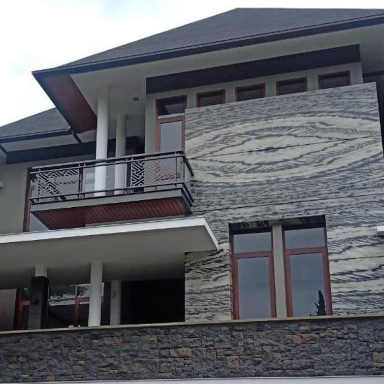 Rumah Baru dan Mewahdi Mainroad Setraduta Dago