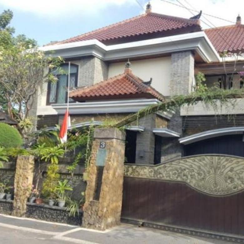 rumah mewah di pusat kota drupadi / dewi madri merdeka badak agung m yamin