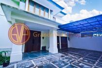 Rumah Mewah di Gaharu, Cilandak Barat, Semi Furnished, Ada Swimming Pool