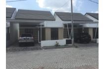 Dijual Rumah Strategis di Adi Sucipto Residence Mataram