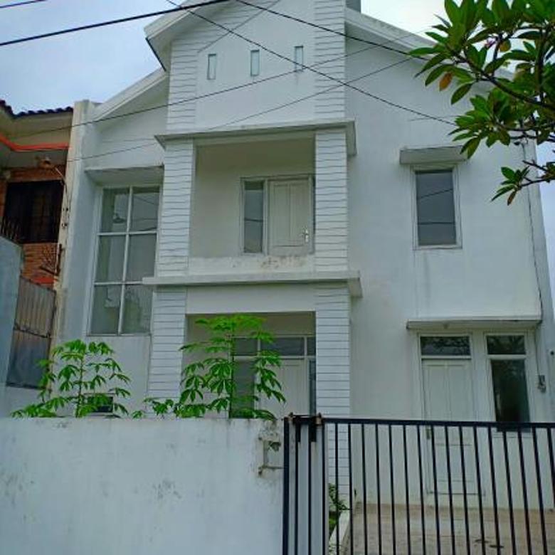 Rumah baru gress 2 lantai