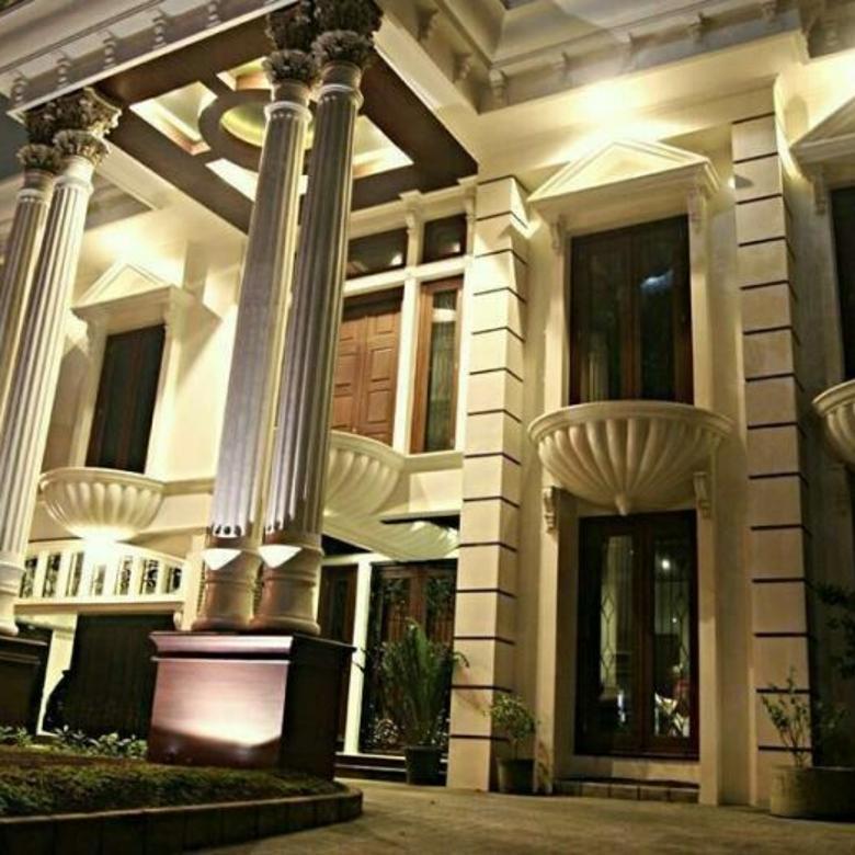 Rumah mewah classic dan istimewa di kota Surabaya