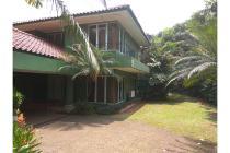 Rumah dijual Jl. Bangka Barat IV Halaman Luas + Swimming Pool