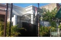 Rumah di Anggrek Neli Murni