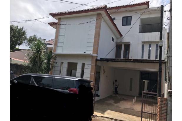 Rumah di Cilandak 15536786