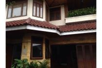 Dijual Rumah Nyaman - 4 Kamar - Jalan Melati, Cipete, Jaksel