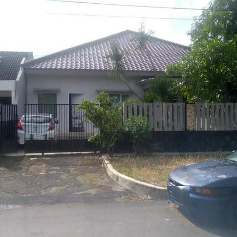 Rumah terawat siap huni luas 435m type 5KT Ujung Menteng Cakung Jakarta Timur