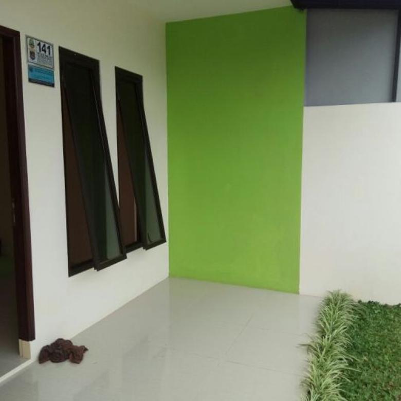 rumah minimalist dua lantai di grogol limo di jual