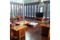 Dijual Rumah Mewah 2 Lantai di Cipaganti Setiabudi, Bandung