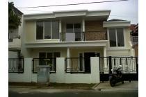 Dijual Rumah B.New di Komplek Lebak Bulus