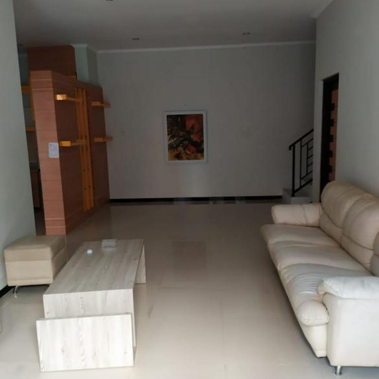 Rumah full furnished dekat Hyatt dan dekat fasum Ngaglik dan 10 menit ke UGM
