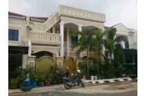 Rumah mewah di Batam