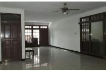 Dijual Rumah Strategis di Jl Mandala Utara Jakarta Barat