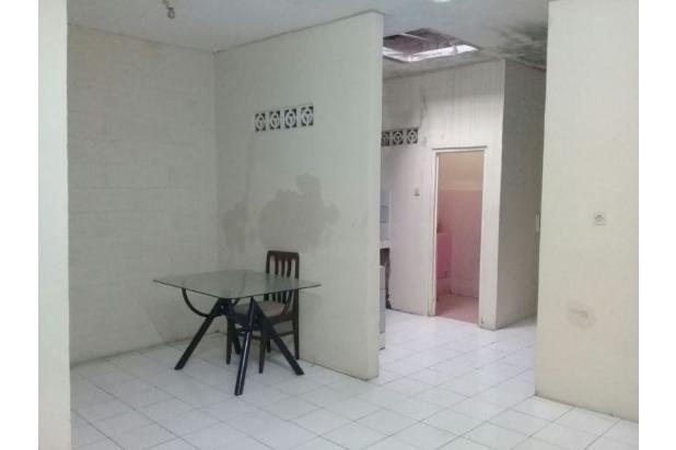 ruang makan 16844789