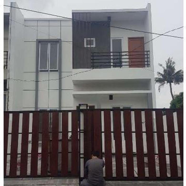 Cepat Rumah baru  Modern 2 Lantai Siap Huni Di Kebayoran Lama Jakarta Selatan