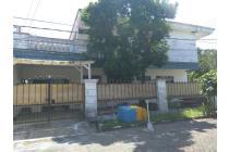 Rumah Klampis Wisma Mukti lokasi strategis carport luas 3 mobil