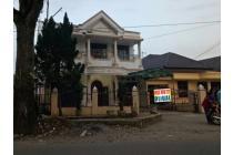 Dijual Rumah 2 Lantai Bagus di Karya Wisata Medan