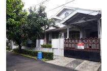 Rumah Hoek di Sektor 3 Bintaro Jaya
