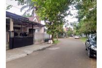 Rumah di Kencana Loka BSD Tangerang Selatan