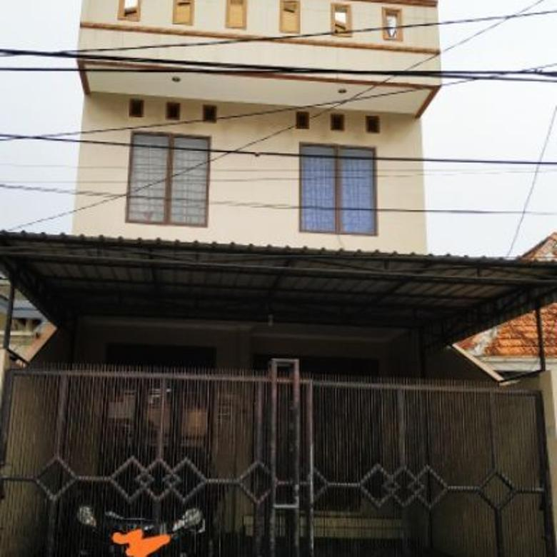 Rumah di Petojo