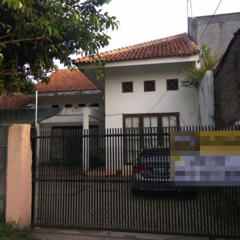 Rumah minimalis dan sangat luas di Taman Yasmin
