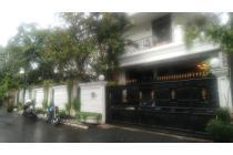 Rumah di Jl. Terusan Hanglekir Simprug
