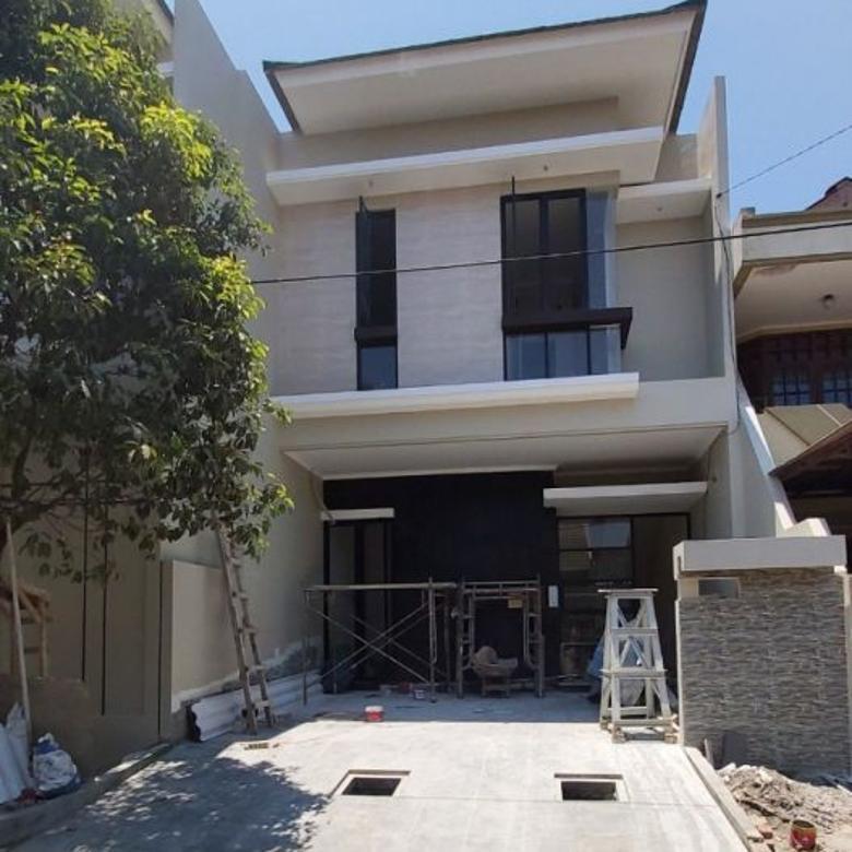 (TP-MG). Rumah Rungkut Asri Barat row jalan 2,5mbl hadap barat