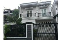 Dijual Hunian Mewah Nan Megah, 2 Lantai Nyaman Di Jakarta Selatan